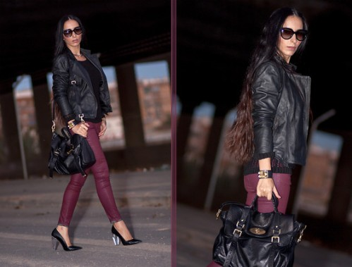 2737119_BURGUNDY_and_BLACK