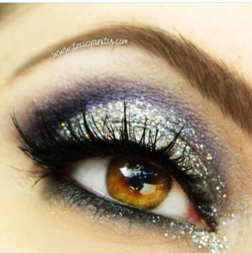 Black & Silver Glitter Make-up look