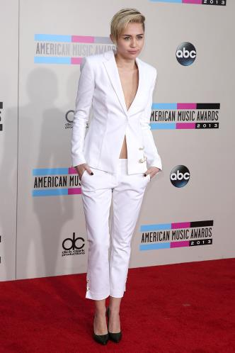 Miley Cyrus American Music Awards