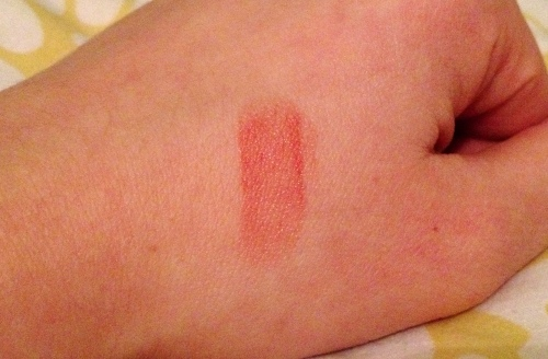 MAX lipstick '008 Terra' Action Swatch