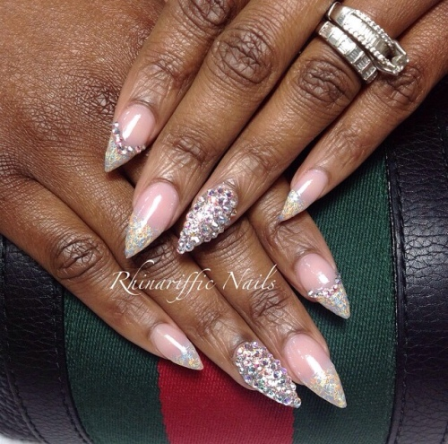Diamonds @rhinarifficnails