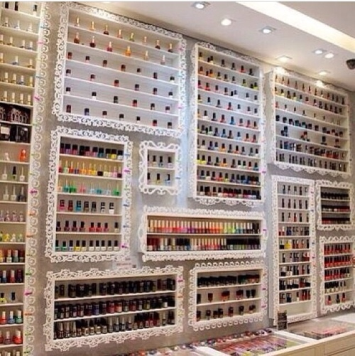 nailpolish wall / nagellak muur