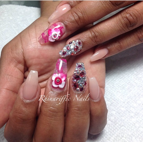 nail art @rhinarifficnails