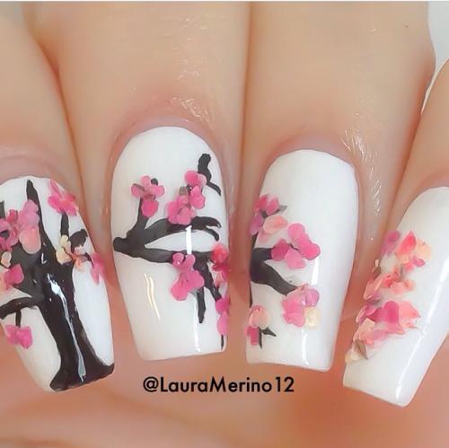 Bloesem nail-art @lauramerino12