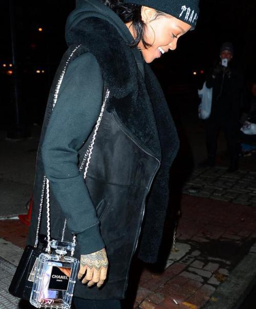 Chanel N°5 Bottle Bag Rihanna