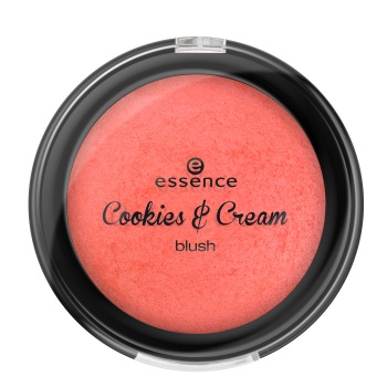 01 cakepop, that's top! Cookies & Cream LE Blush Essence