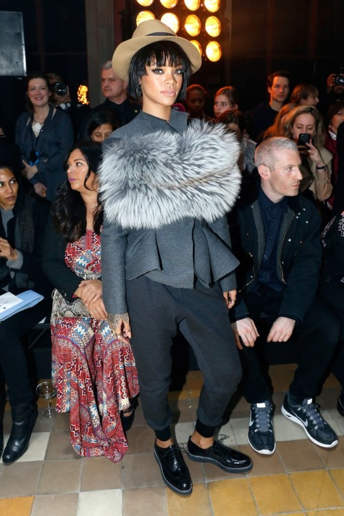 Rihanna outfit's Fashion week Fall 2014