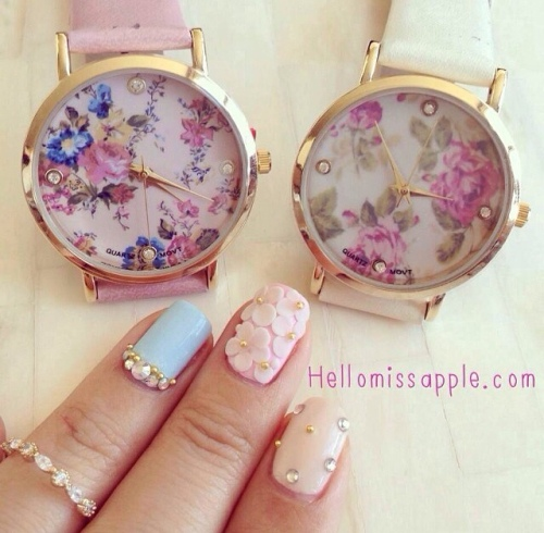 Flower watch and nails