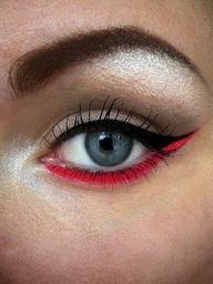 Rode eyeliner