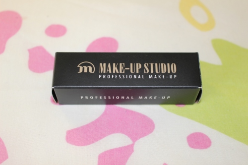 01 Aphrodite Make-up Studio